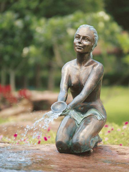 Bronzefigur Chiara
