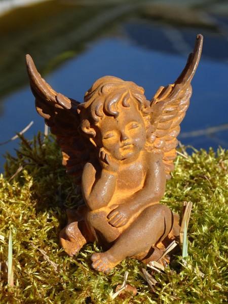 Eisenfigur kleiner Engel