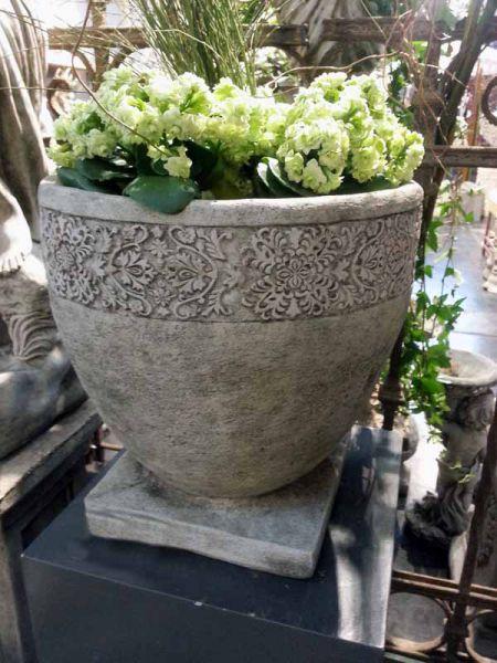 Pflanztopf Blumentopf aus Steinguss