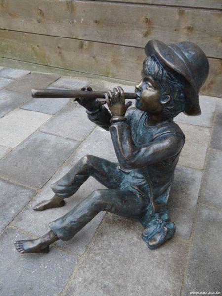 Bronzefigur Toni groß