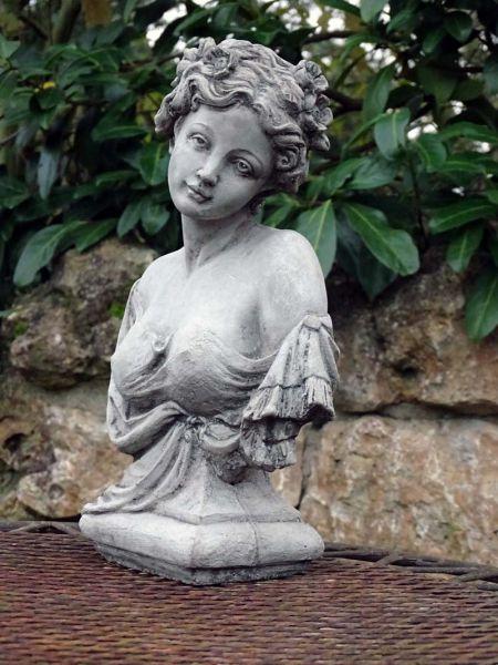 Mädchen Büste Madeleine
