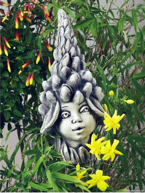 Blumenkind lupine aus steinguss blumenkinder zum sammeln for Gartenfiguren aus steinguss
