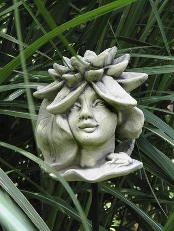 Blumenkind Seerose aus Steinguss